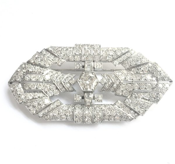 Art Deco 5.25 Carat Diamonds 18 Karat White Gold Brooch