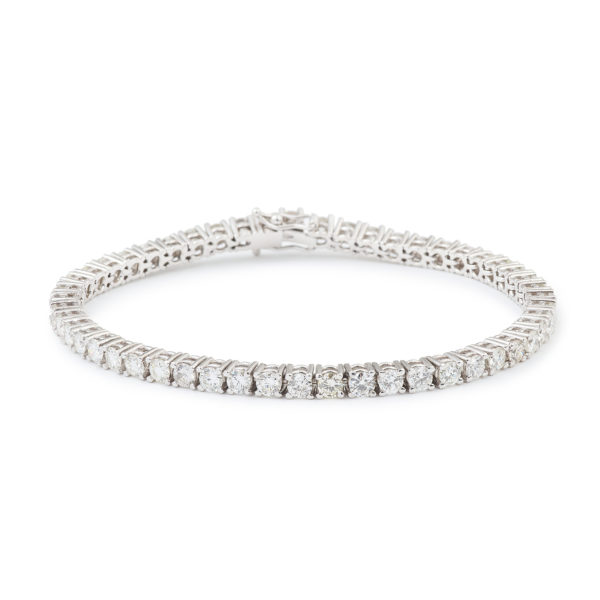 5.10 Carats diamonds 18 Carats White Gold Tennis Bracelet