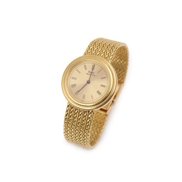 Piaget possession or jaune 1980