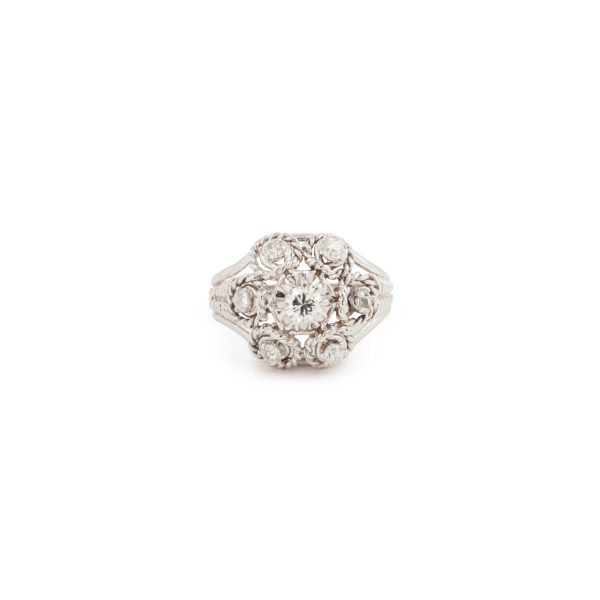 Twisted Diamond Platinum 18 Carats White Gold Retro Ring